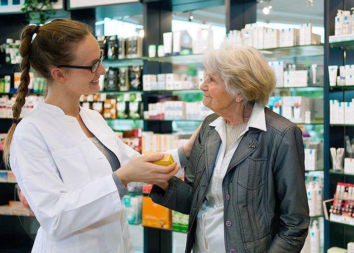 Read more about the article Цените на лекарствата без рецепта да не се увеличават до 2019 г., предлага МЗ